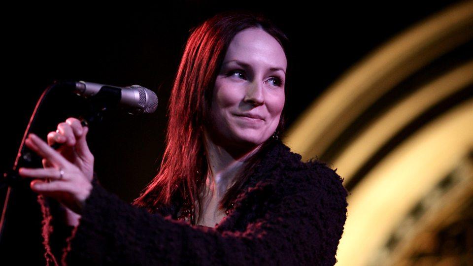 Julie Fowlis Singing Gig